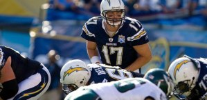 Chargers beat the Eagles 33-30 (photo chargers.com)