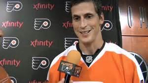 Newly minted Flyer Vinny Lecavalier was extremely active in a 3-2 loss.